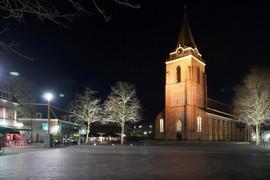 <strong>Kerkplein en Petruskerk</strong>