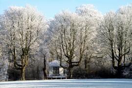 <strong>Het theehuis van Villa Rijnoord. Oostsingel Exercitieveld</strong>